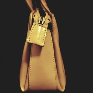Guess Bags - Guess Tan shoulder bag